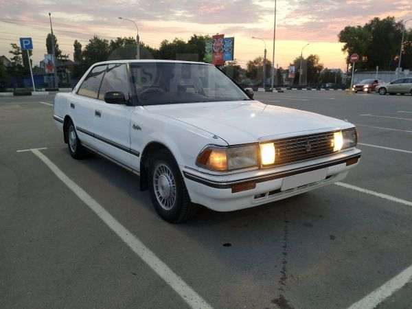 Toyota Crown, 1990 год, 180 000 руб.
