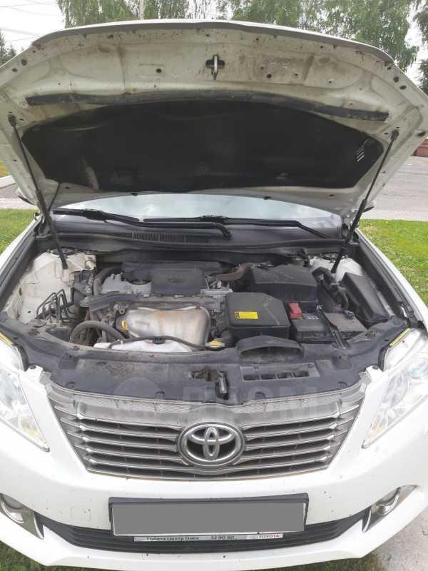 Toyota Camry, 2013 год, 935 000 руб.