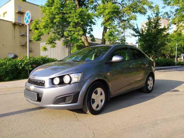 Chevrolet Aveo, 2015 год, 449 000 руб.