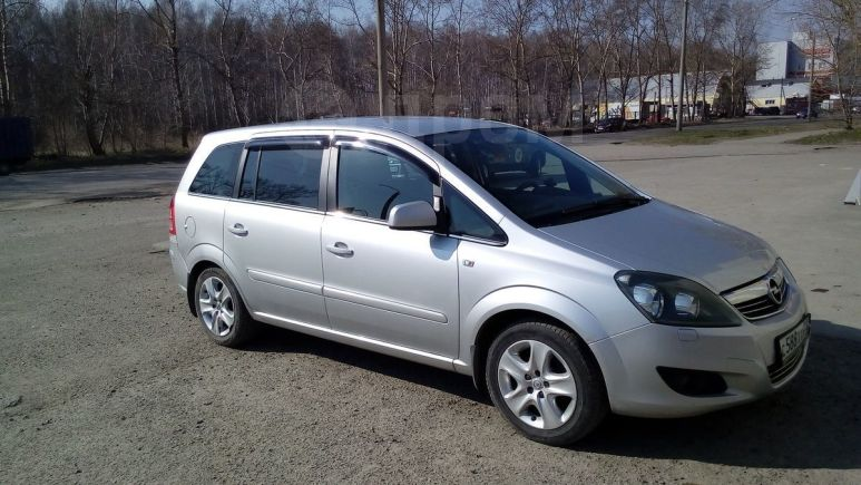 Opel Zafira, 2011 год, 480 000 руб.