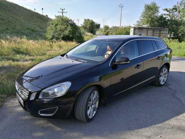 Volvo V60, 2012 год, 666 000 руб.