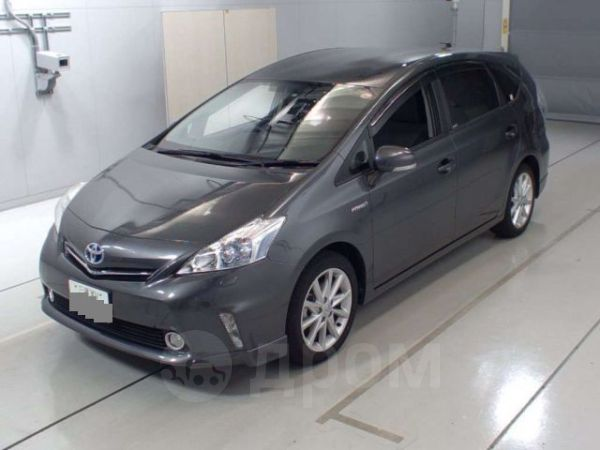 Toyota Prius a, 2014 год, 830 000 руб.