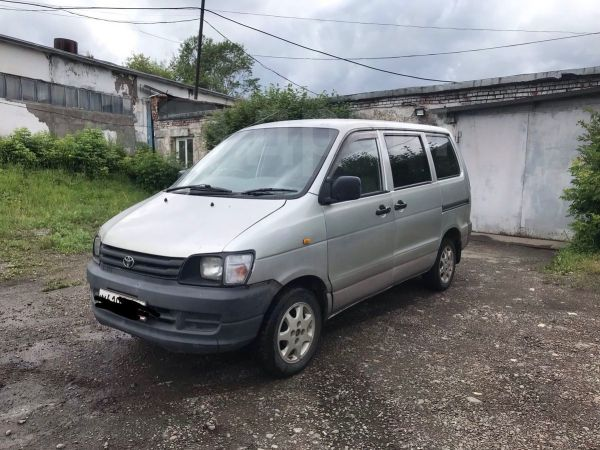 Toyota Town Ace, 2001 год, 189 000 руб.