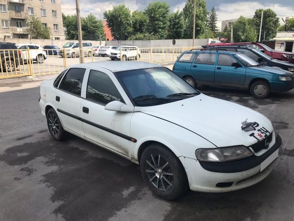 Opel Vectra, 1997 год, 85 000 руб.