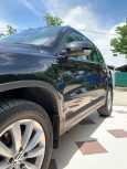 Volkswagen Tiguan, 2015 год, 990 000 руб.