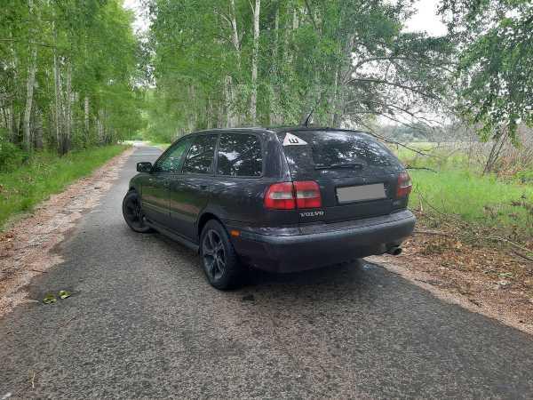 Volvo V40, 2000 год, 140 000 руб.