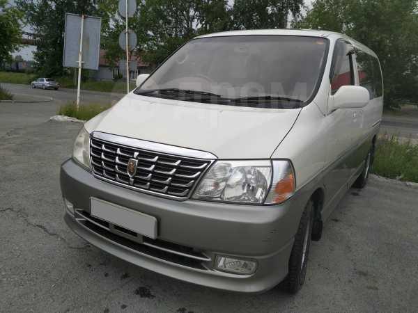 Toyota Grand Hiace, 2002 год, 365 000 руб.