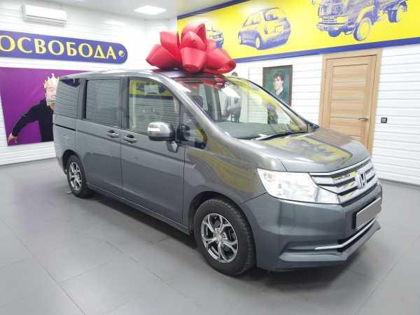 Honda Stepwgn, 2013 год, 800 000 руб.