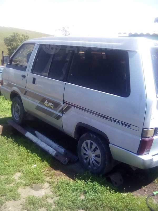 Nissan Vanette, 1988 год, 145 000 руб.