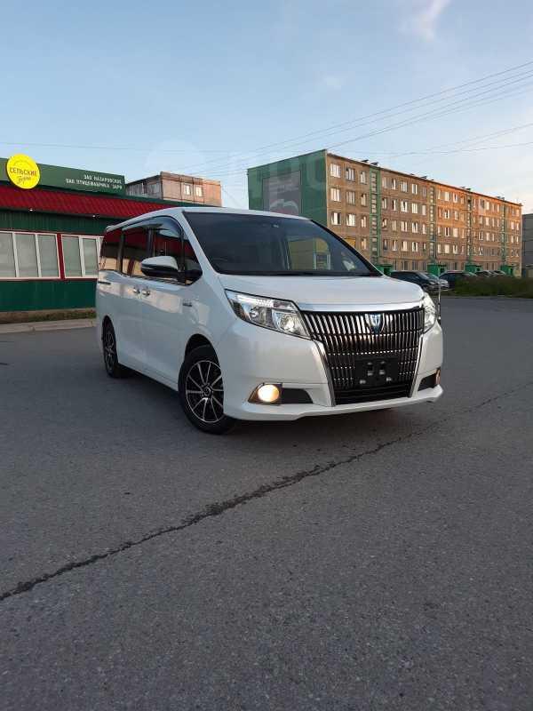 Toyota Esquire, 2016 год, 1 540 000 руб.
