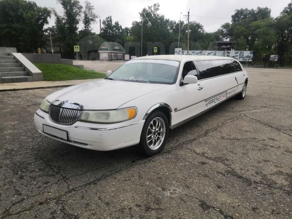 Lincoln Town Car, 1999 год, 349 000 руб.