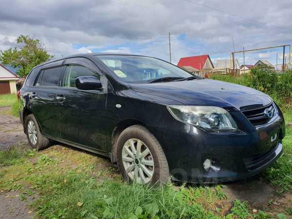 Toyota Corolla Fielder, 2011 год, 699 000 руб.