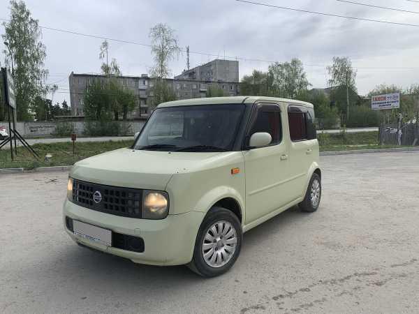 Nissan Cube, 2003 год, 217 000 руб.