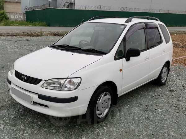 Toyota Corolla Spacio, 1998 год, 199 000 руб.