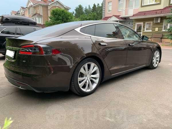 Tesla Model S, 2014 год, 4 249 000 руб.