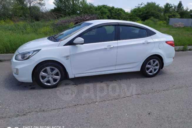 Hyundai Solaris, 2012 год, 380 000 руб.