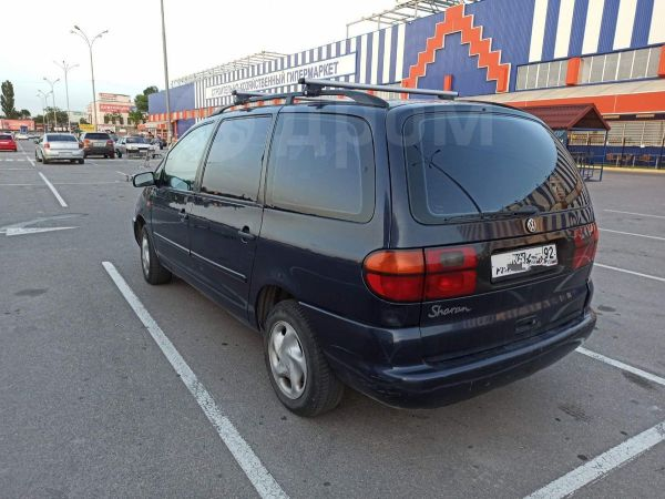 Volkswagen Sharan, 1996 год, 260 000 руб.
