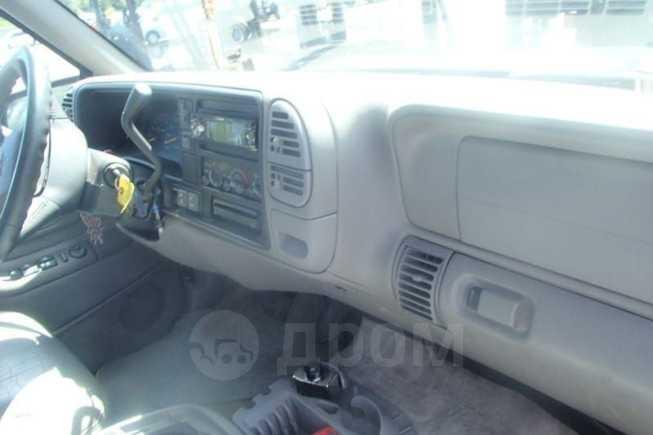 Chevrolet Tahoe, 1995 год, 500 000 руб.
