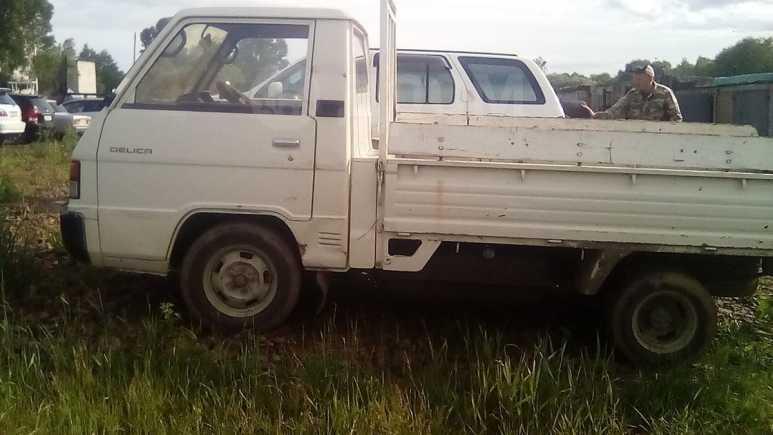 Mitsubishi Delica, 1989 год, 155 000 руб.