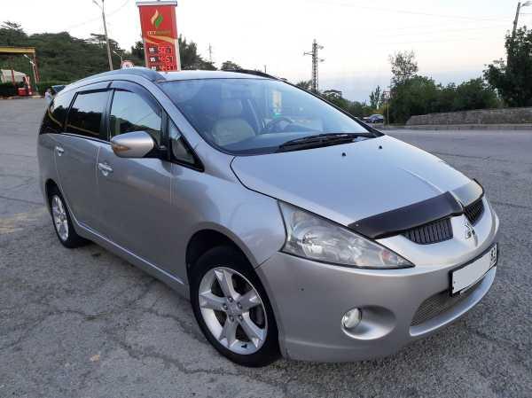 Mitsubishi Grandis, 2008 год, 645 000 руб.