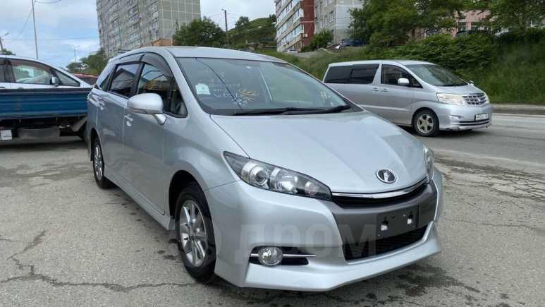 Toyota Wish, 2014 год, 950 000 руб.