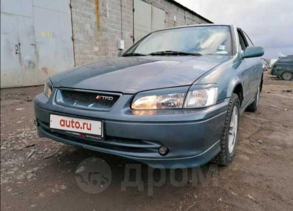 Toyota Camry, 2001 год, 315 000 руб.