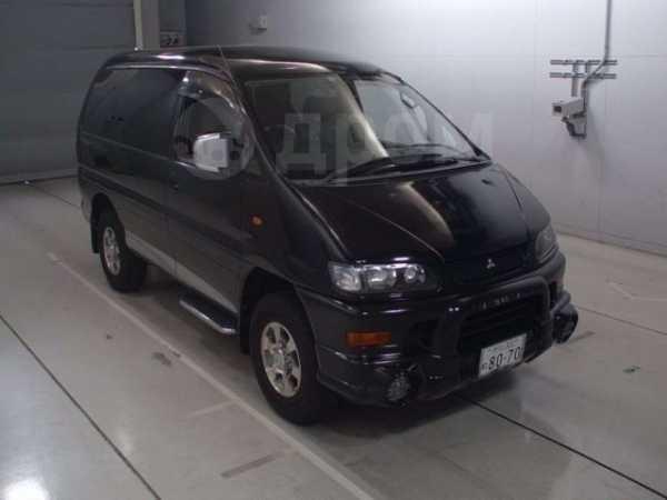 Mitsubishi Delica, 2003 год, 285 000 руб.