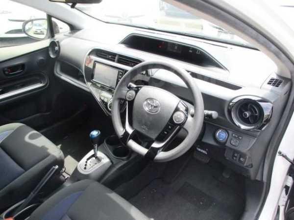 Toyota Aqua, 2017 год, 645 000 руб.