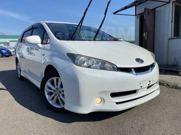 Toyota Wish, 2011 год, 848 000 руб.