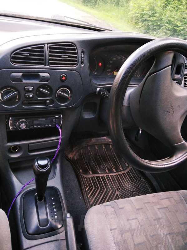 Mitsubishi Lancer, 1998 год, 125 000 руб.