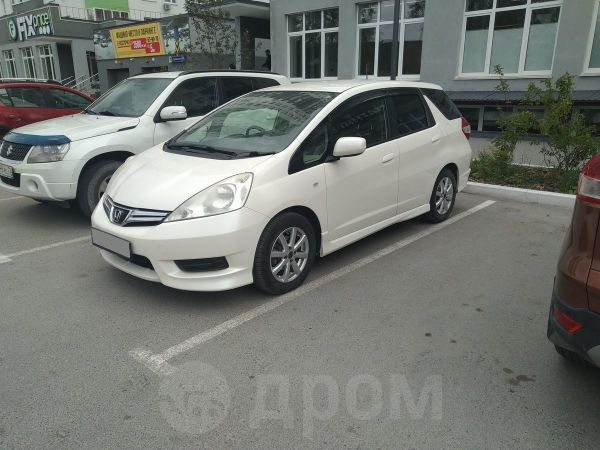 Honda Fit Shuttle, 2011 год, 650 000 руб.