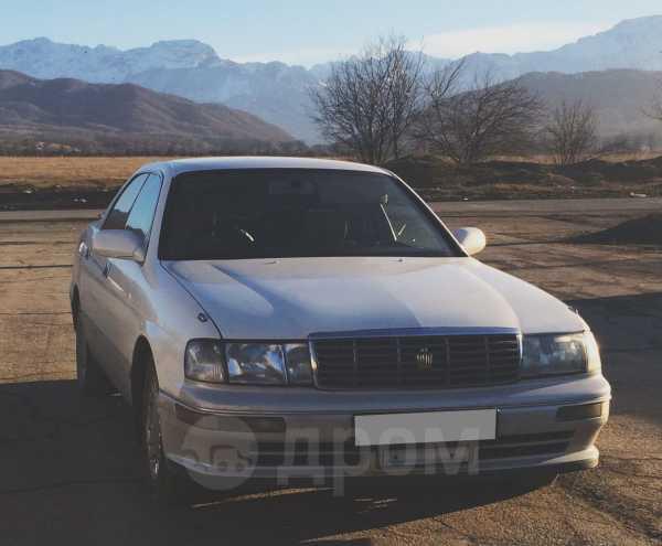Toyota Crown, 1995 год, 450 000 руб.
