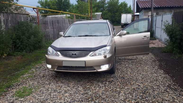 Toyota Camry, 2005 год, 598 000 руб.