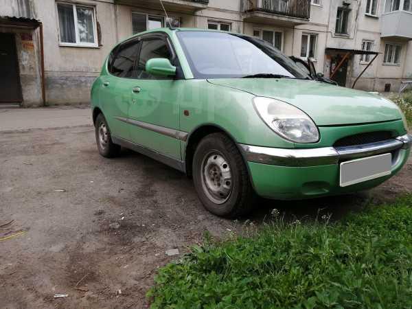 Toyota Duet, 2000 год, 160 000 руб.