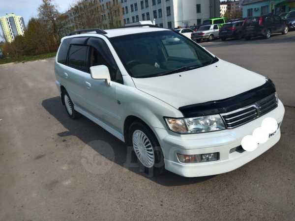 Mitsubishi Chariot, 1998 год, 270 000 руб.