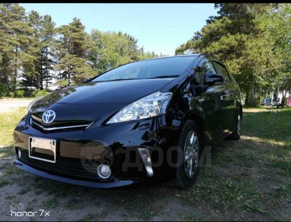 Toyota Prius a, 2014 год, 975 000 руб.