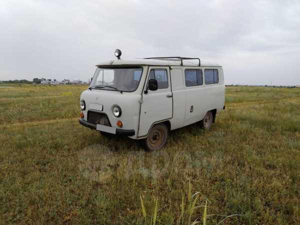 УАЗ Буханка, 2000 год, 120 000 руб.
