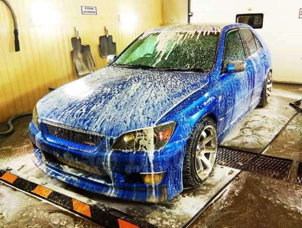 Toyota Altezza, 1999 год, 435 000 руб.