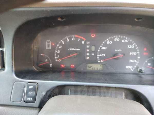 Honda Odyssey, 2000 год, 150 000 руб.