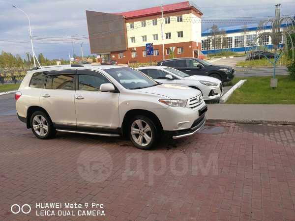 Toyota Highlander, 2012 год, 1 050 000 руб.