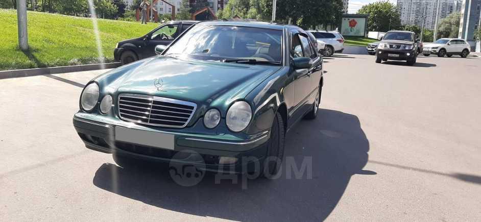 Mercedes-Benz E-Class, 1999 год, 300 000 руб.