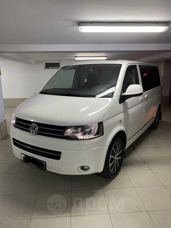 Volkswagen Multivan, 2012 год, 2 200 000 руб.