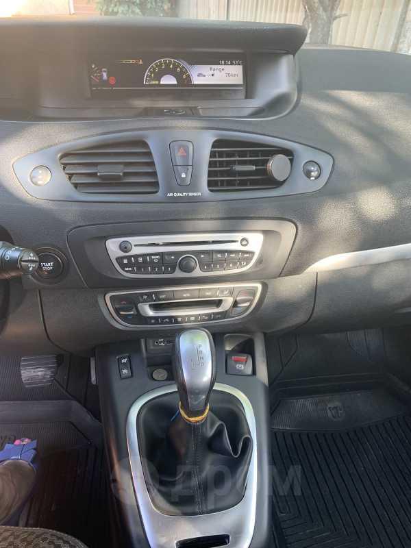 Renault Scenic, 2011 год, 420 000 руб.