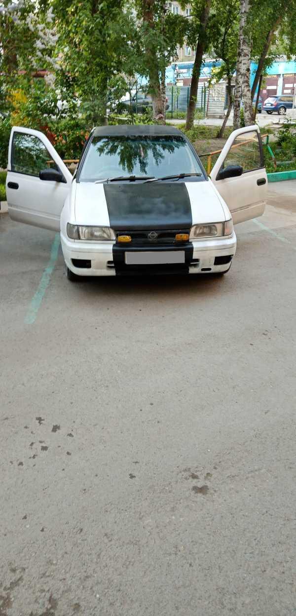 Nissan Pulsar, 1990 год, 90 000 руб.