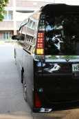 Toyota Voxy, 2014 год, 1 300 000 руб.