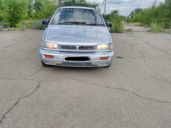Mitsubishi Chariot, 1992 год, 110 000 руб.