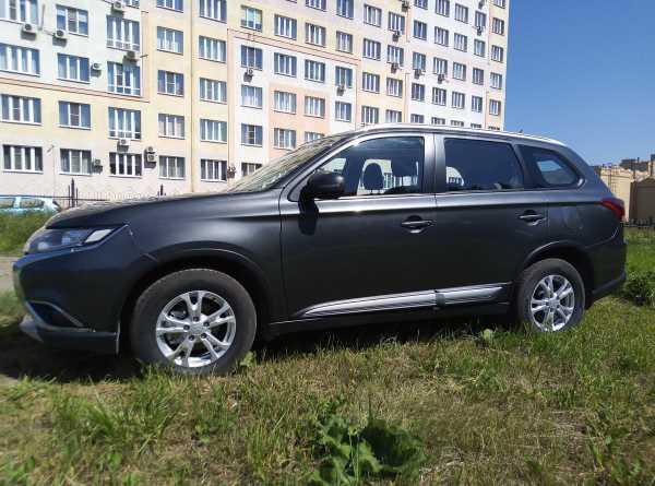 Mitsubishi Outlander, 2015 год, 1 179 000 руб.