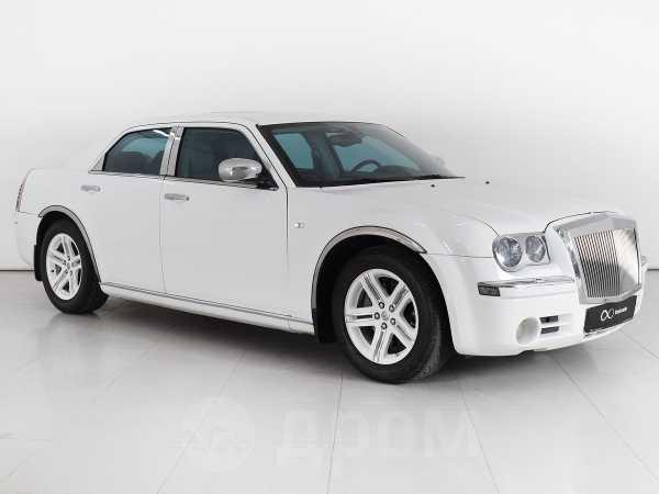 Chrysler 300C, 2005 год, 599 000 руб.