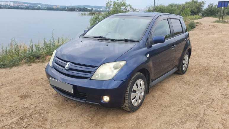 Toyota ist, 2002 год, 370 000 руб.