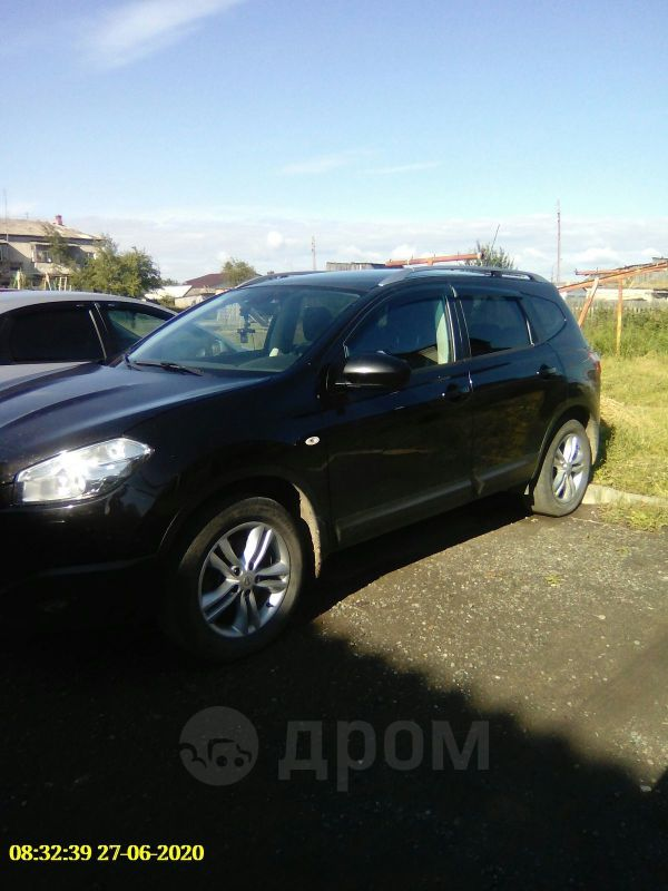 Nissan Qashqai+2, 2013 год, 900 000 руб.